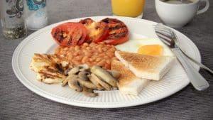 Ontbijt en lunch -Vegetarisch Engels ontbijt recept