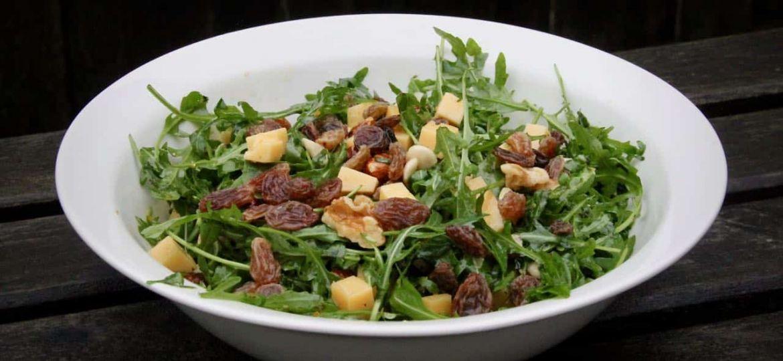 Vegetarische bijgerechten - Salade met Old Amsterdam en noten