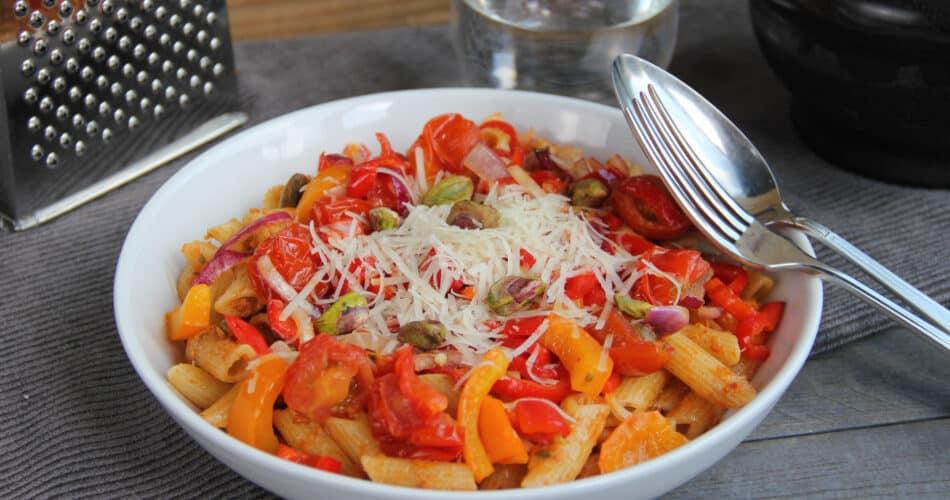 Penne met paprika en rode pesto recept 1