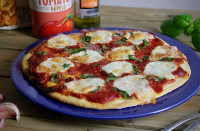 Pizza Margherita recept 1