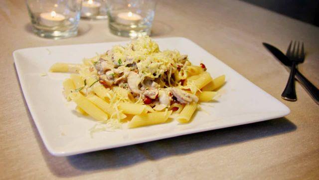 Penne met paddestoelen en hazelnoten recept