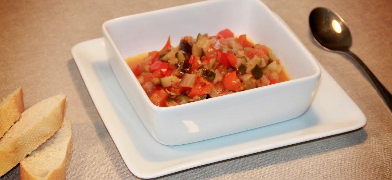 Recept voor ratatouille met courgette, aubergine, tomaat en ui