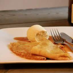 Crepes Suzette met vanille ijs recept 1