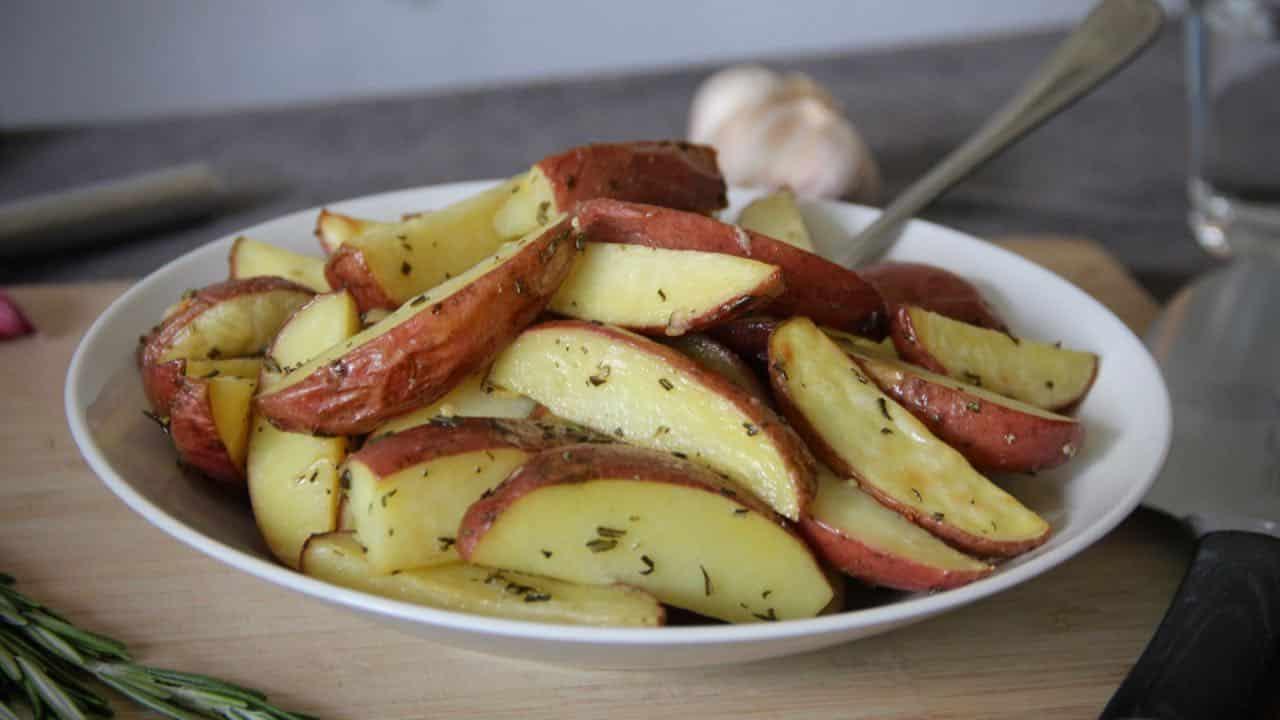 Aardappelen met rozemarijn uit de oven recept voor 1