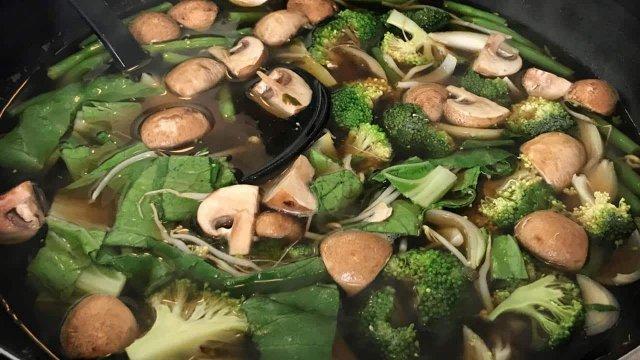 Vegetarische vietnamese hot pot recept