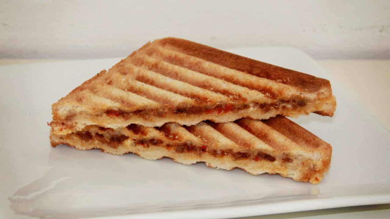 Vegetarische tosti vlam-tosti recept