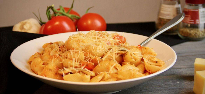 Pasta met paprika en champignons recept dec 2019 1