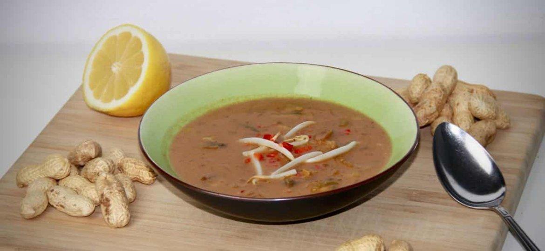 Pindasoep met nasi groenten recept