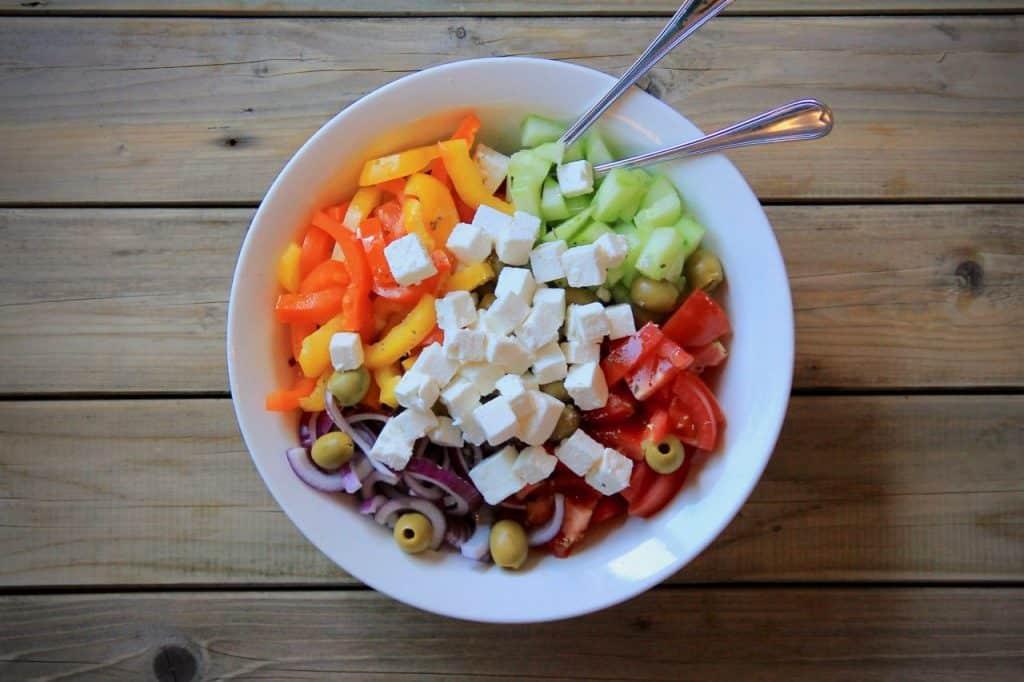 Griekse salade met paprika recept