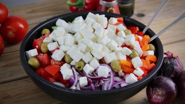Griekse salade met paprika recept 1