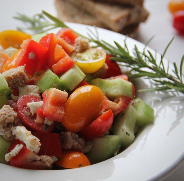 Panzanella met mozzarella recept 1