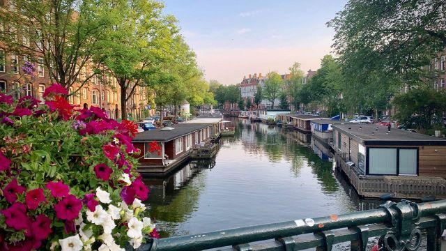 A Taste of Amsterdam Eating europe gracht