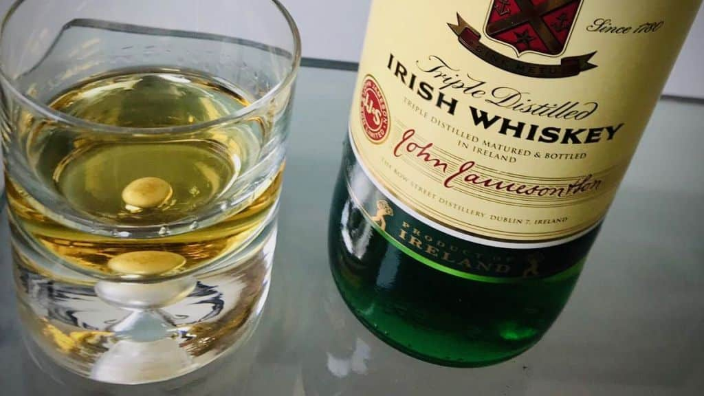 Soorten Whisky of Whiskey glas
